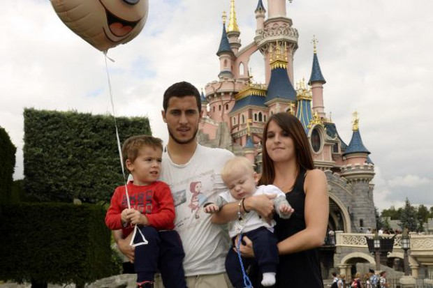 Eden Hazard Family Photos, Wife, Sons, Age, Height