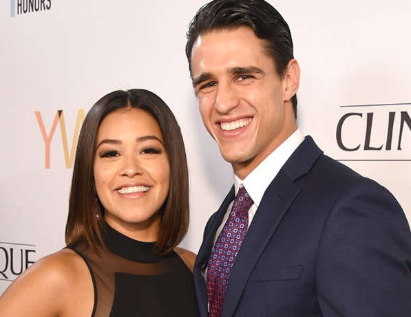 Gina Rodriguez Family Pictures, Boyfriend, Height, Sister