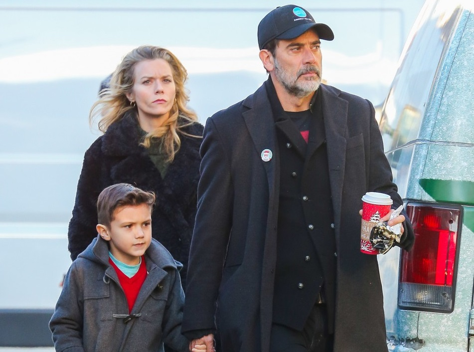 Jeffrey Dean Morgan Family Pictures Wife Age Children
