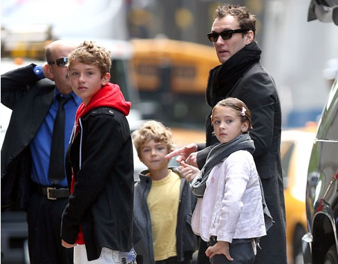 Jude Law Family Photos, Children, Age, Height