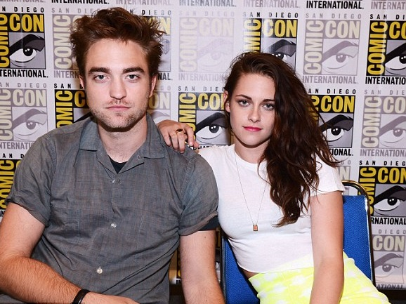 Kristen Stewart Family Photos, Husband, Siblings, Age