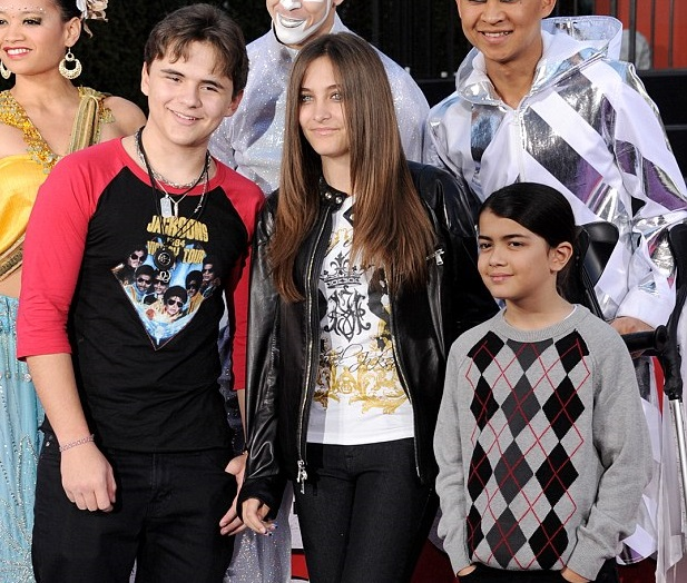 Paris Jackson Family Pictures, Husband, Age, Siblings