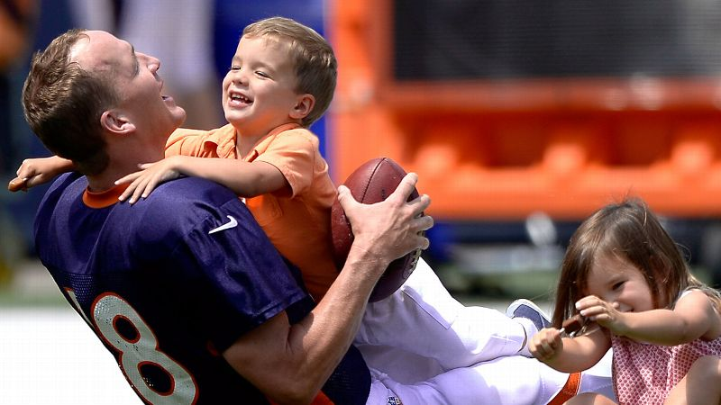 Peyton Manning Family Pictures, Children, Age, Height