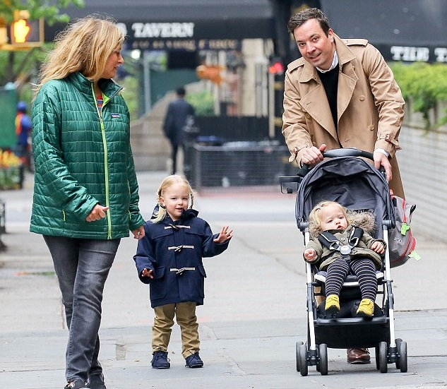 Jimmy Fallon Family Photos, Wife, Daughter, Age, Net Worth, BioJimmy Fallon Family Photos, Wife, Daughter, Age, Net Worth, Bio