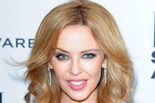 Kylie Minogue Family Photos, Husband, Age, Height, Sister, Net Worth