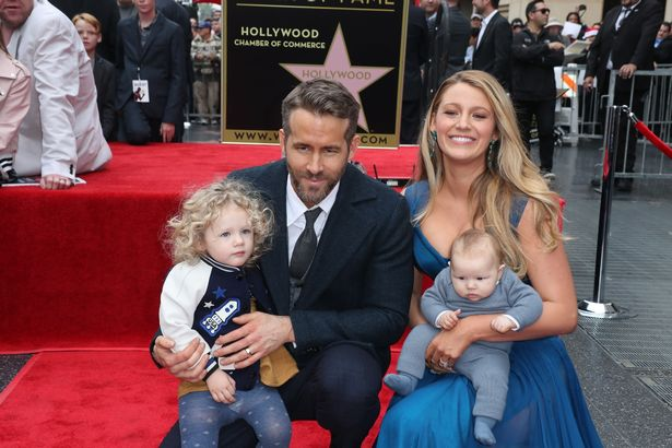 Ryan Reynolds Family Photos, Wife, Baby, Father, Age, Net Worth