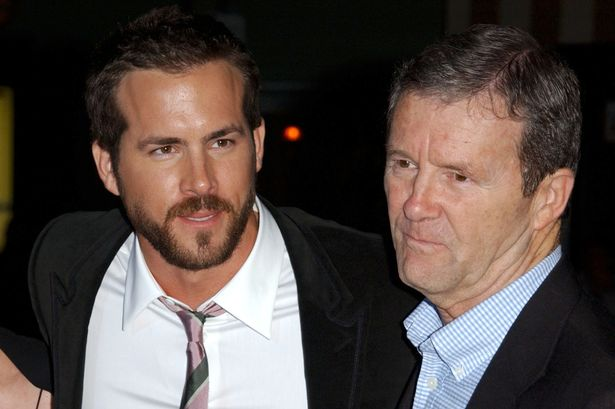 Ryan Reynolds Family Photos, Wife, Father, Age, Height, Net Worth