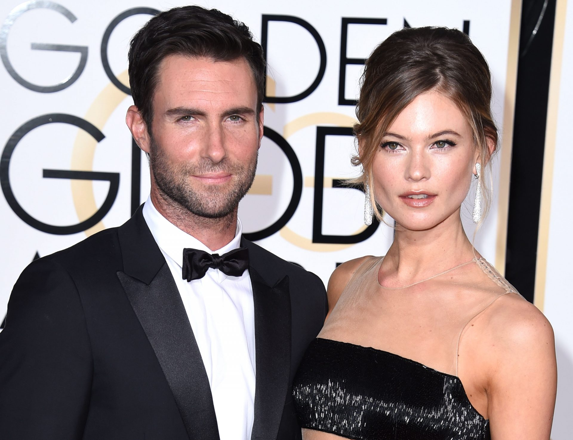 Adam Levine Family Photos, Wife, Daughter, Mother, Father, Height, Net Worth