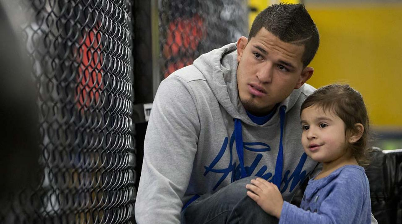 Anthony Pettis Family Photos, Wife, Daughter, Brother, Father, Height, Net Worth