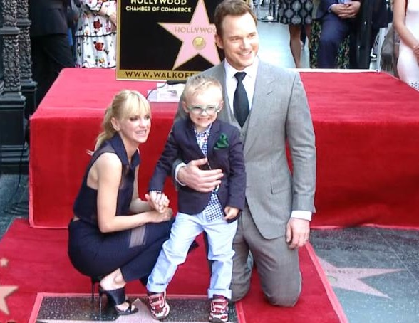 Chris Pratt Family Photos, Wife, Son, Father, Sister, Age, Net Worth