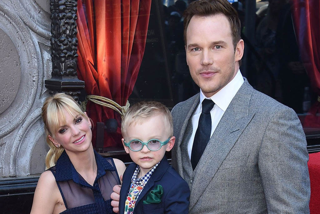Chris Pratt Family Photos, Wife, Son, Sister, Age, Height, Net Worth