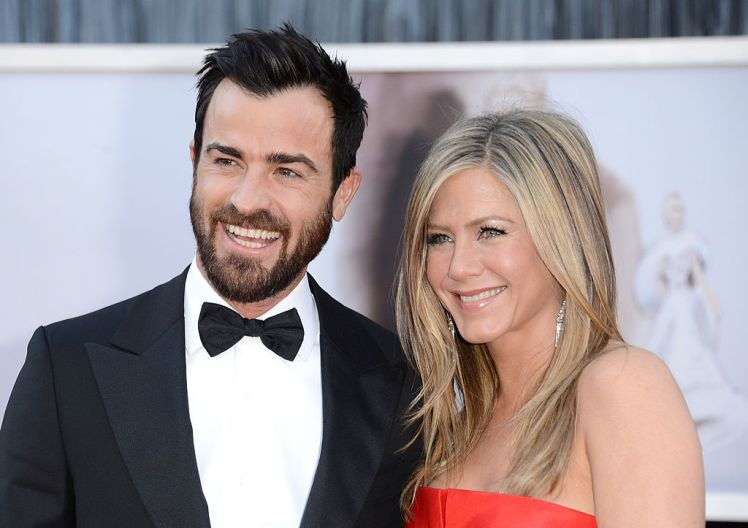 Jennifer Aniston Family Photos, Husband, Father, Mother, Heigt, Net Worth