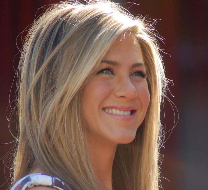Jennifer Aniston Family Photos, Husband, Father, Mother, Age, Height, Net Worth