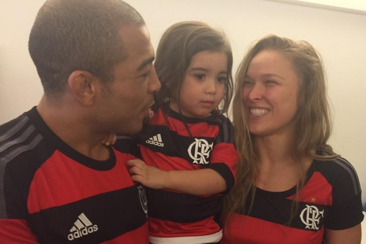Jose Aldo Family Photos, Wife, Daughter, Father, Age, Net Worth