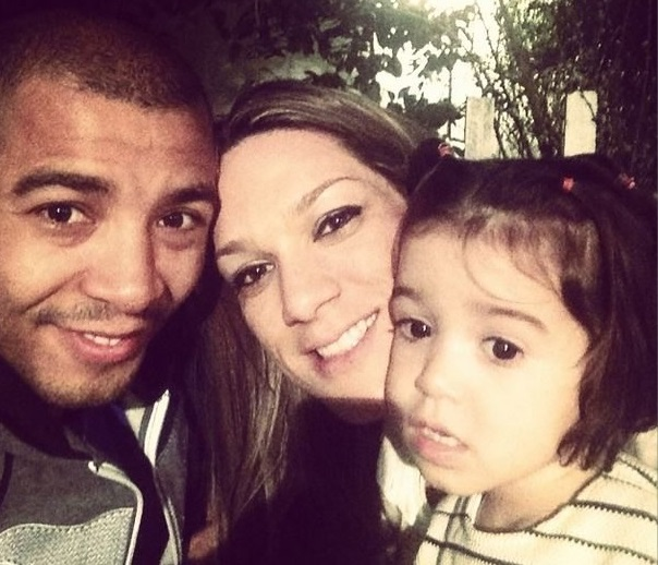 Jose Aldo Family Photos, Wife, Daughter, Father, Height, Net Worth