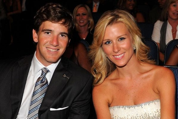 Eli Manning Family Photos, Wife, Father, Age, Height, Net Worth