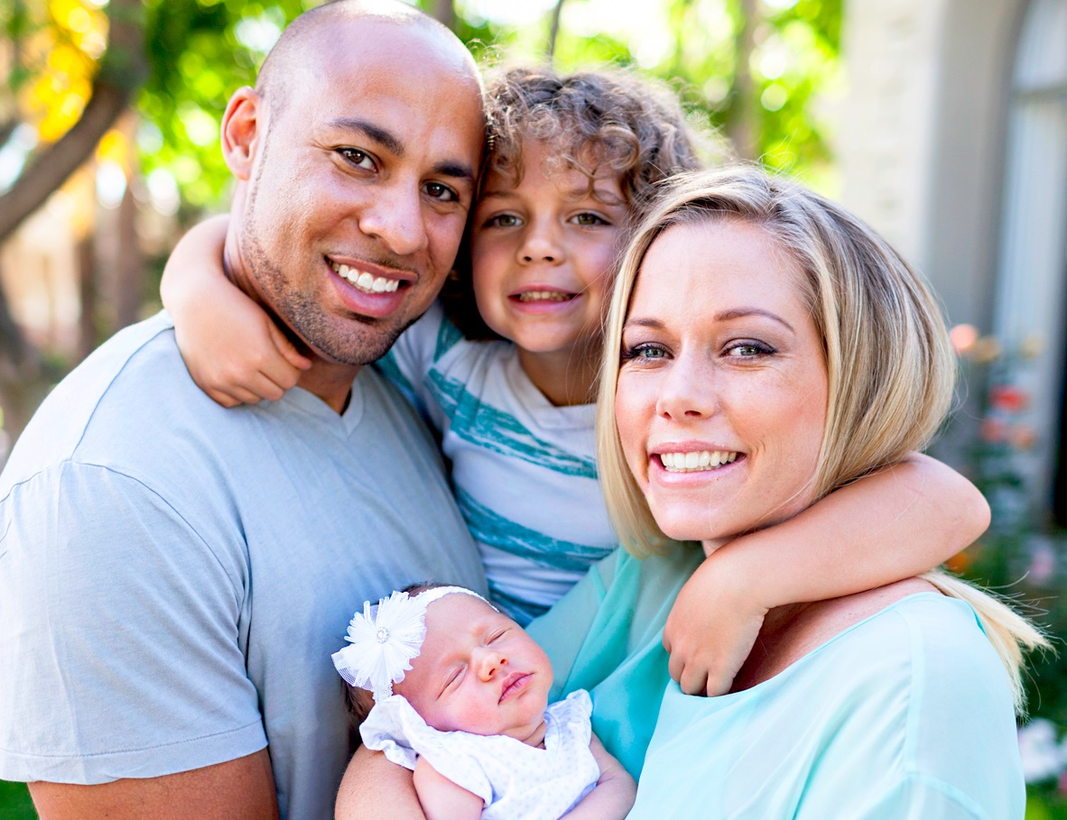 Hank Baskett Family Photos, Wife, Son, Daughter, Age, Net Worth