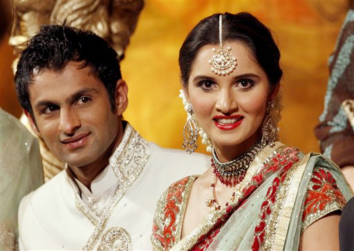 Sania Mirza Family Photos, Husband, Father, Mother, Age, Height, Net Worth