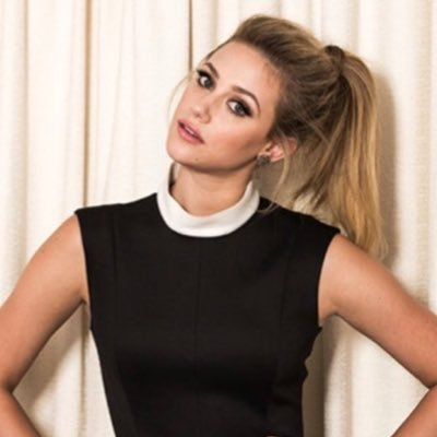 Lili Reinhart Age, Sister, TV Shows, Parents, Boyfriend