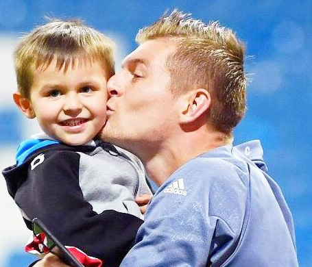 Toni Kroos Age, Wife, Height, Tattoos, Son
