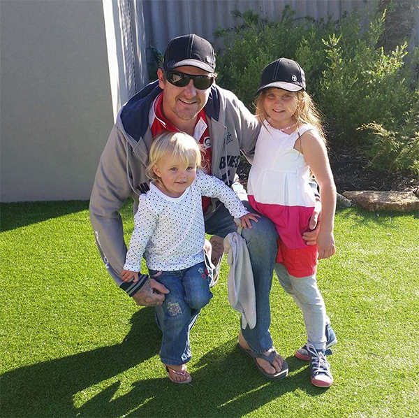 Robbie Williams Wife, Kids, Daughter, Age, Son