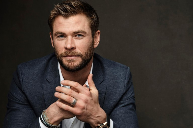 Chris Hemsworth Wife, Kids, Age, Height, Net Worth