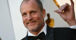 Woody Harrelson Family Photos, Father, Wife, Daughter, Bio, Net Worth